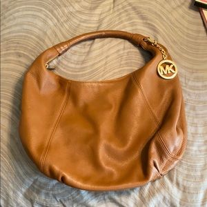 Michael Kors luggage color hobo bag a gold accents